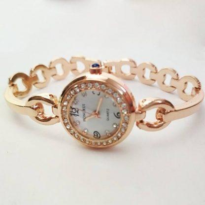 Женские наручные часы (HN122)